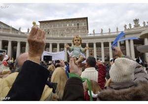 bambinelli blessing pope francis